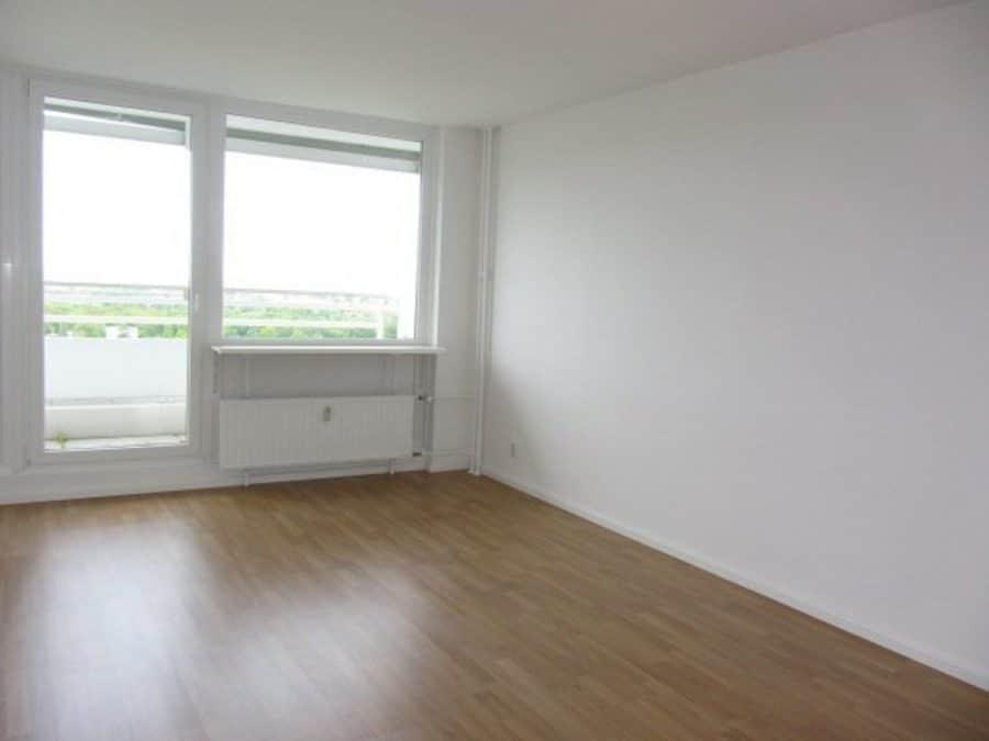 Exklusives Penthaus mit einzigartigem Ausblick in Berlin-Westend - perfekt für Individualisten! - 1.  Zimmer rechts