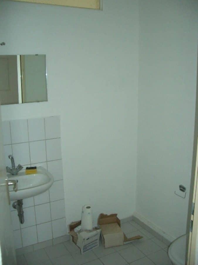 Gepflegter Laden in bewegter Kreuzberg-Lage zu vermieten! - WC