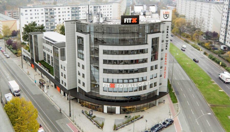 Zwei Gastronomieflächen zwischen 81 und 93 m² in attraktiver Lage der Landsberger Allee zu vermieten - Luftperspektive