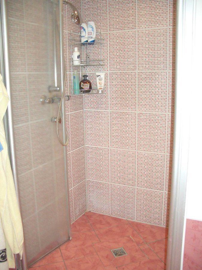 Niedrigenergiehaus in sehr gepflegtem Zustand in grüner Ruhiglage von Falkensee zu verkaufen! - Dusche
