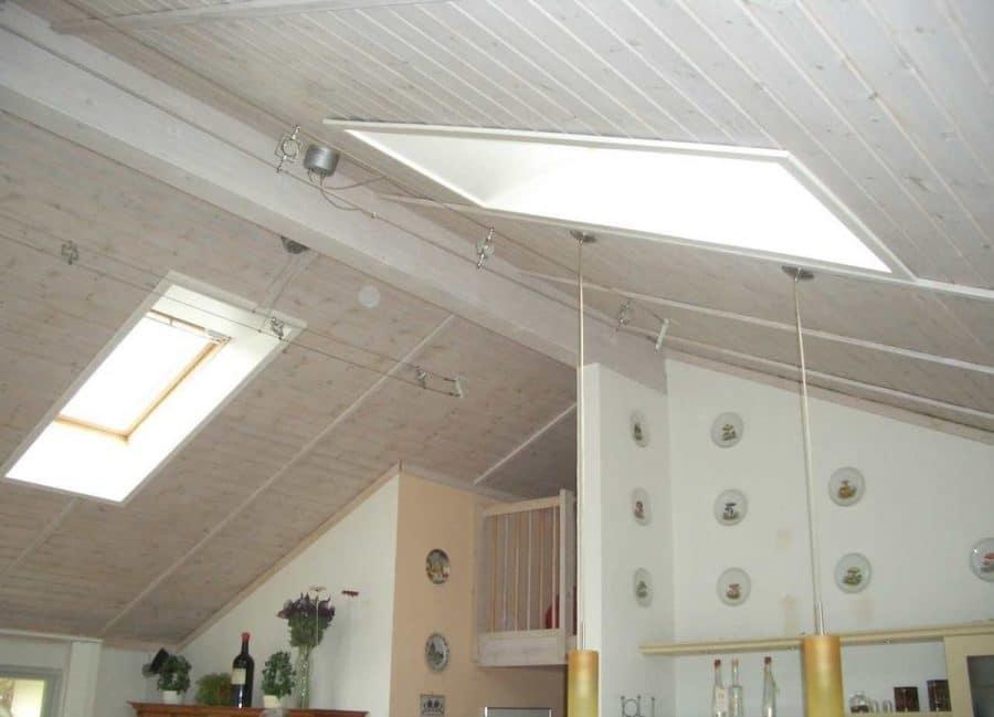 Niedrigenergiehaus in sehr gepflegtem Zustand in grüner Ruhiglage von Falkensee zu verkaufen! - Deckenbereich