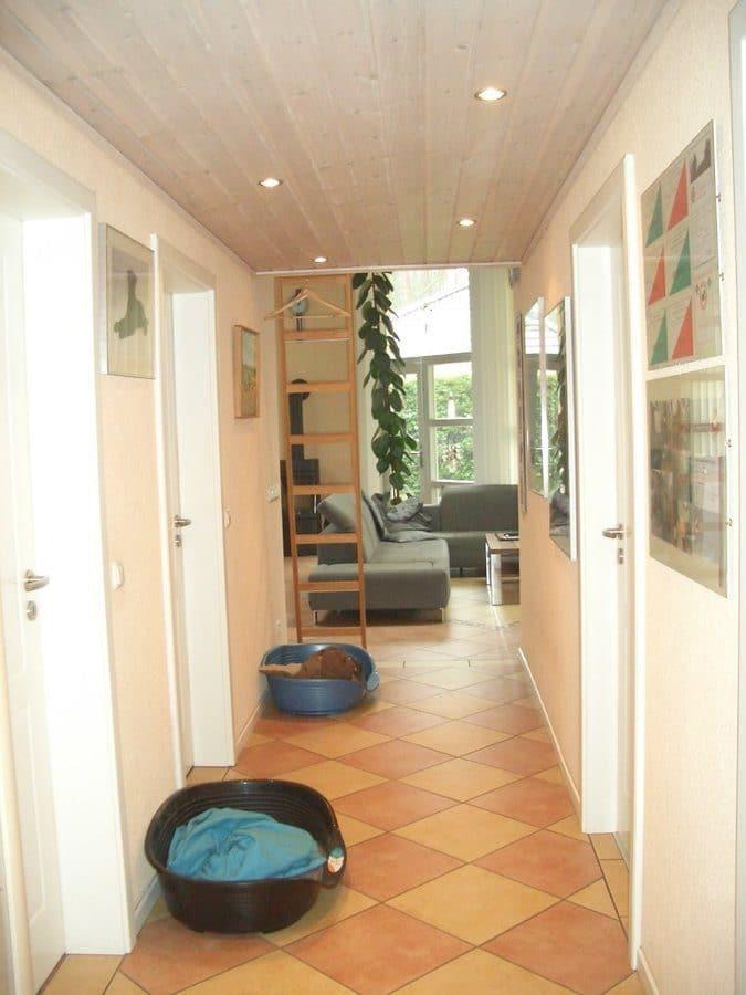 Niedrigenergiehaus in sehr gepflegtem Zustand in grüner Ruhiglage von Falkensee zu verkaufen! - Flur