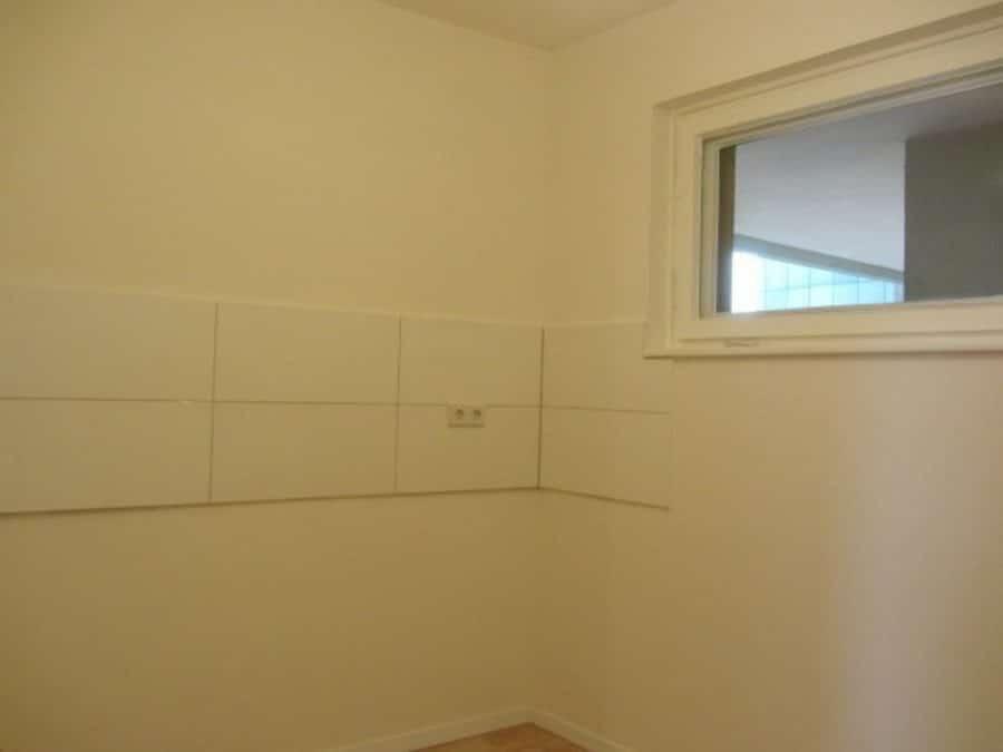 Komplett renovierte 1-Zimmer-Wohnung im grünen Berlin-Reinickendorf (Waidmannslust) zu vermieten! - Küche