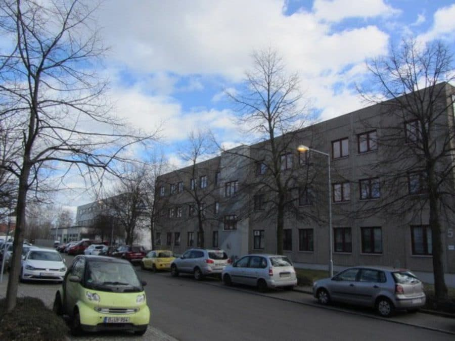 Sommeraktion: Jetzt mieten und ein Jahr die halbe Miete sparen! Eingerichtete und gepflegte Büroflächen in Berlin-Treptow-Köpenick - provisionsfrei! - Außenansicht