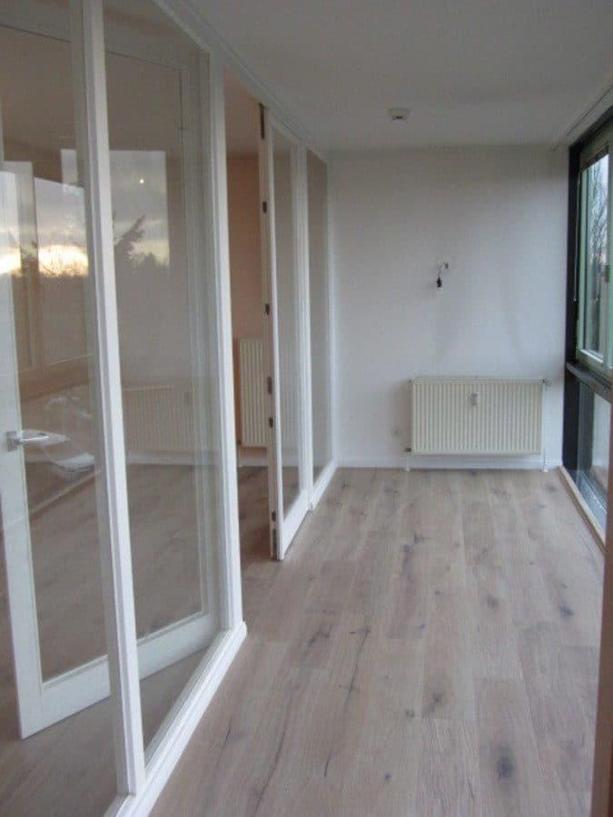Helle 2-Zimmer-Wohnung mit Wintergarten in ruhiger Seitenstraße von Berlin-Karow zu vermieten! - Wintergartenzugang vom Schlafzimmer