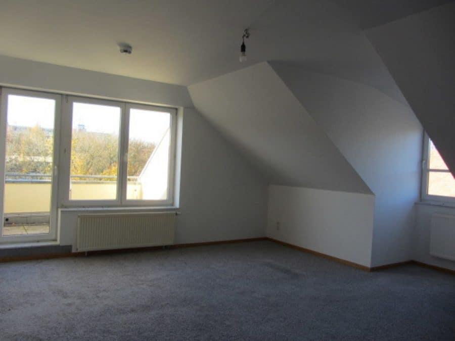 Tolle 2-Zimmer-Wohnung in Berlin-Blankenburg (Pankow) - Wohnzimmer 1