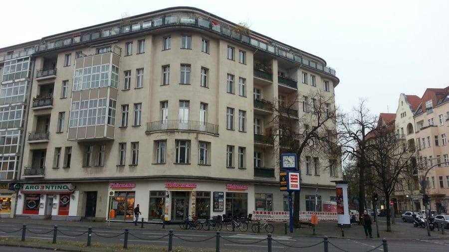 Sanierte Ladenflächen in sehr gut frequentierter Lage von Berlin-Schöneberg! - Gebäudeansicht