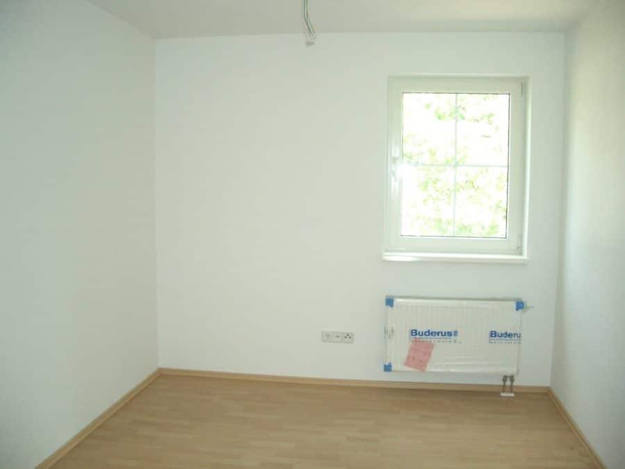 Achtung Handwerker! Helle Doppelhaushälfte mit Ausbaubedarf in Brieselang! - Schlafen1
