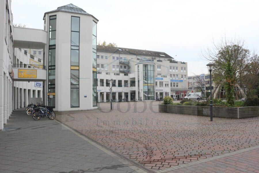 Tanzschule, Gemeinschaftspraxis, o. ä.? Großzügige Gewerbefläche in der Storchengalerie zu vermieten - Bereich vor Storchengalerie